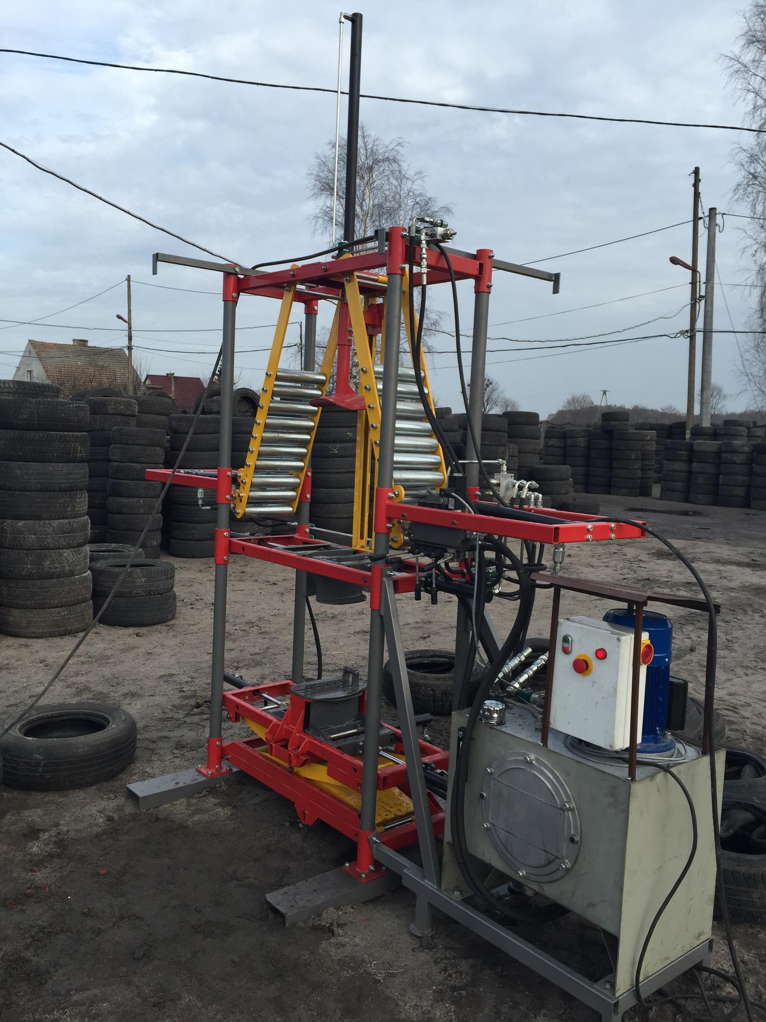 hydraulic tyre tripling machine